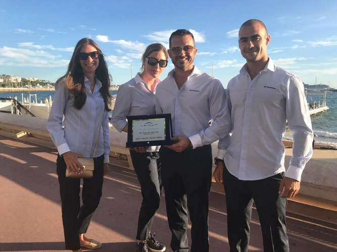 AZIMUT YACHTS BULGARIA AWARDED WITH BEST SALES TREND EMEA AT THE CANNES YACHTING FESTIVAL_image